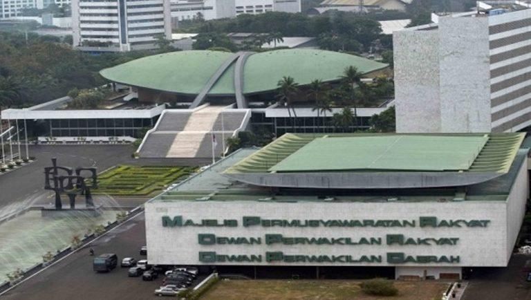 Amandemen UUD '45 MPR RI 2001, Biang Kerok Musnahnya Indonesia Masa Depan